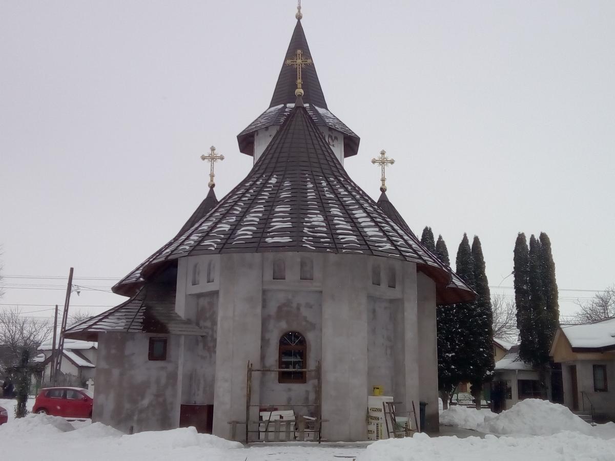 Noua infatisare a bisericii  vedere din spate